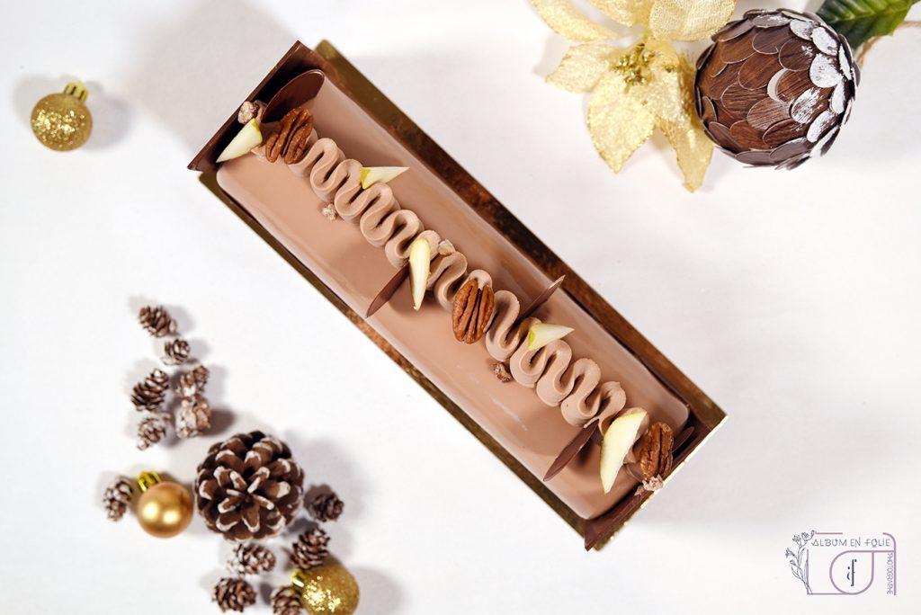 Bûche de Noël chocolat chocolat poire