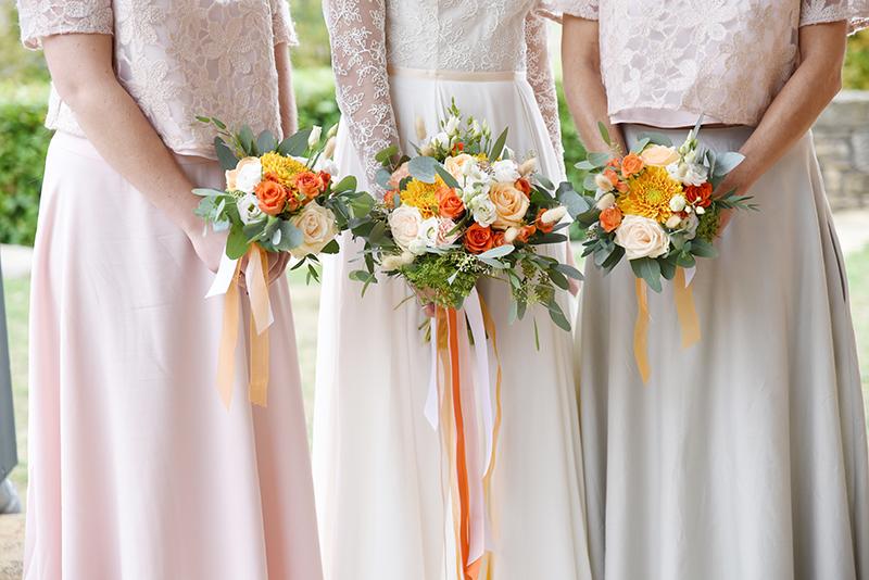 Bouquets mariée et témoins pour ocotbre