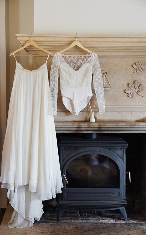 robe de mariée et body